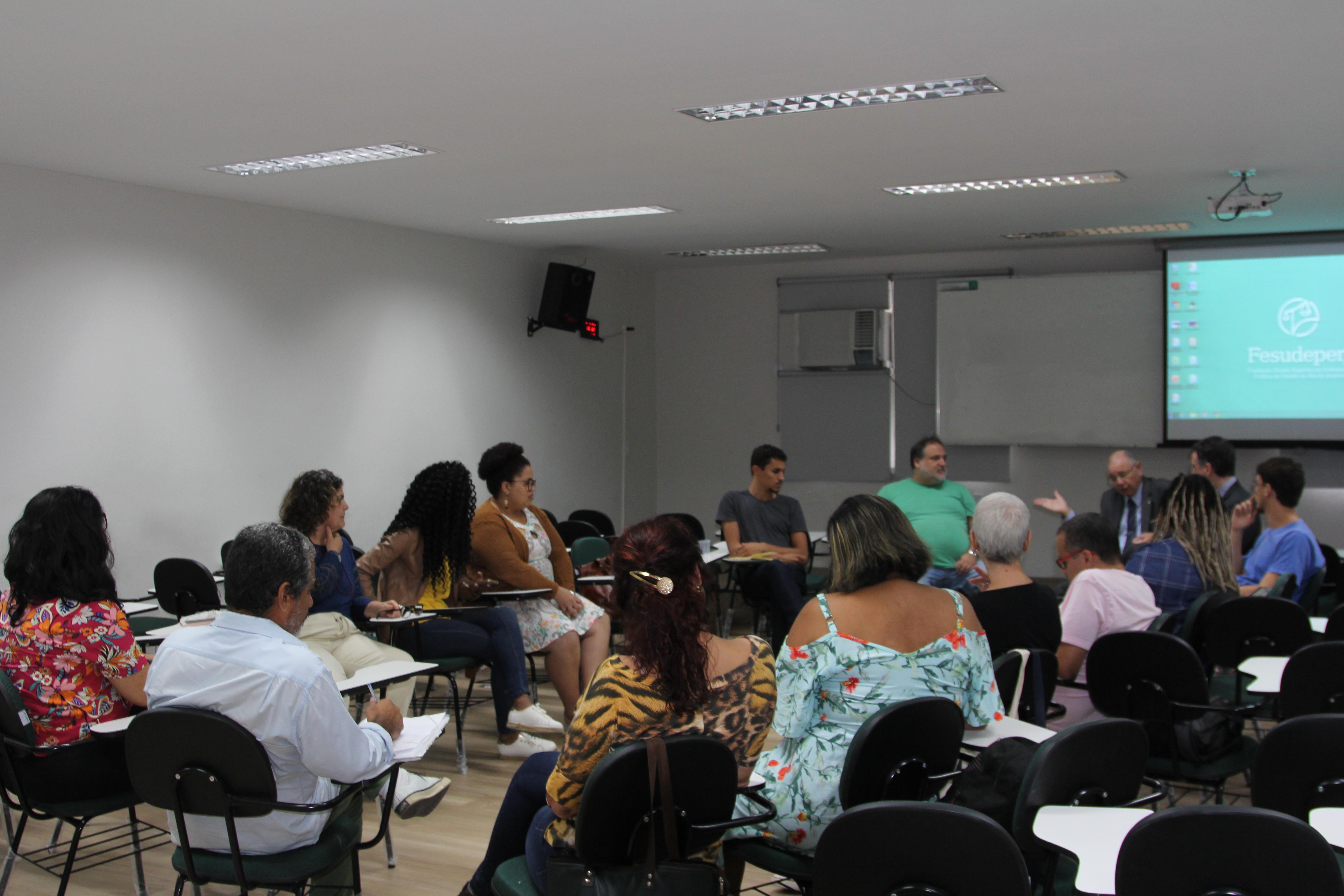 Audiência Pública de abertura já contou com algumas apresentações de candidaturas